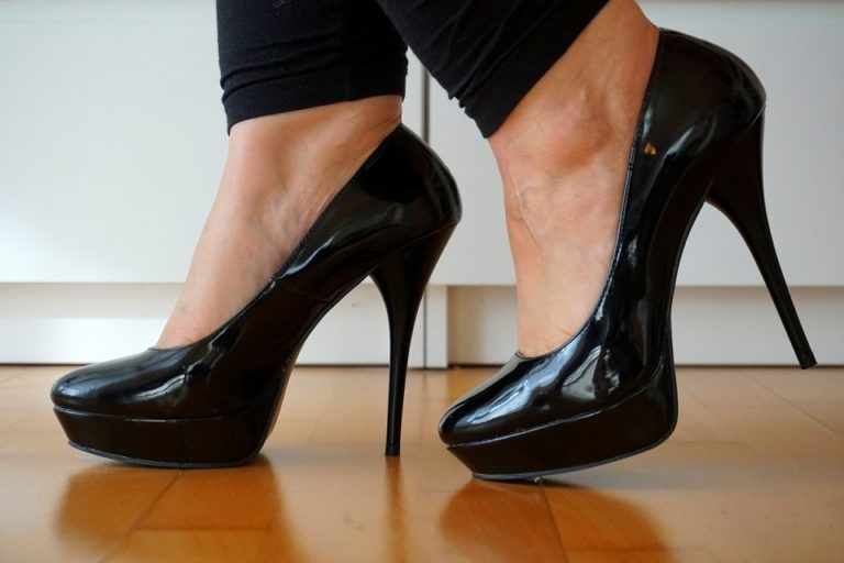 Hornhaut durch hohe Schuhe